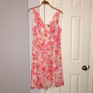 NWT Ann Taylor Garden Party dress